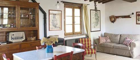 Il grande salotto della casa vacanze vicino Firenze il Fienile